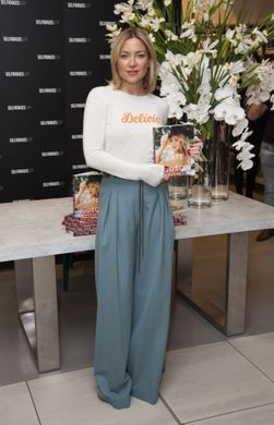 http___www.hawtcelebs.com_wp-content_uploads_2016_03_kate-hudson-at-pretty-happy-book-signing-at-selfridges-in-london-03-04-2016_2
